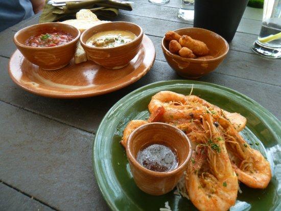Siesta Tapas & Bistro: Tapas feast