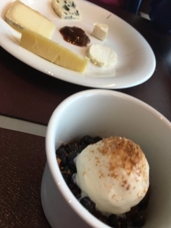Rodez, Francia: dessert / fromage