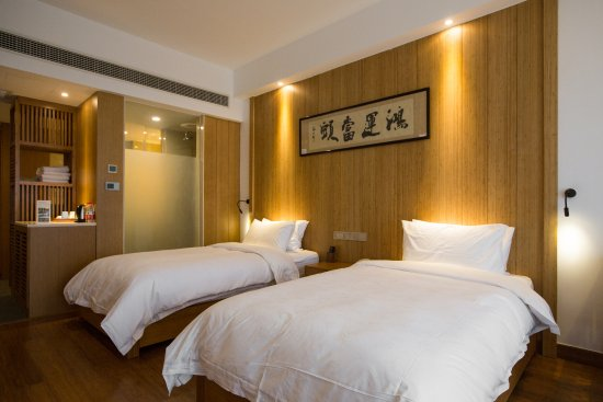 Anji County, Китай: 高级双床房,2张一米二的小床