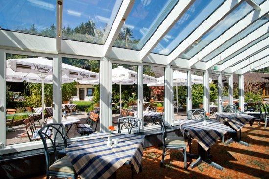 Wintergarten Picture Of H Hotel Alpina GarmischPartenkirchen - Hotel alpina garmisch