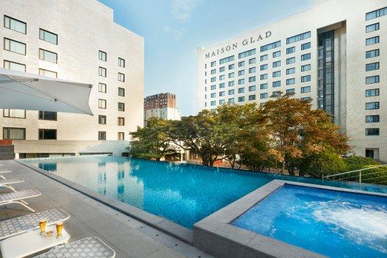 Maison Glad Jeju: Infinity Pool