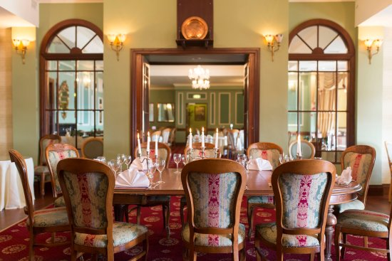 Glengarriff Eccles Hotel: Dining room at Eccles Hotel