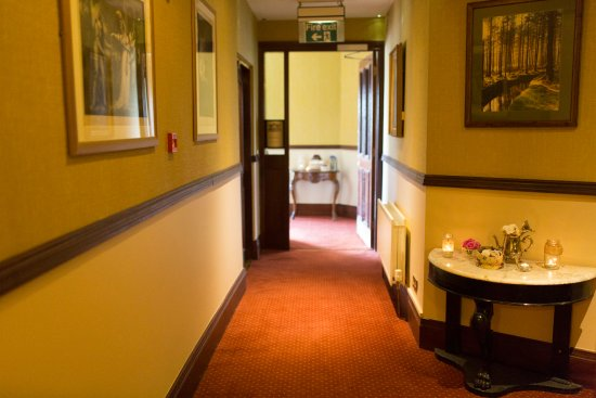 Glengarriff Eccles Hotel: Corridor in Eccles Hotel