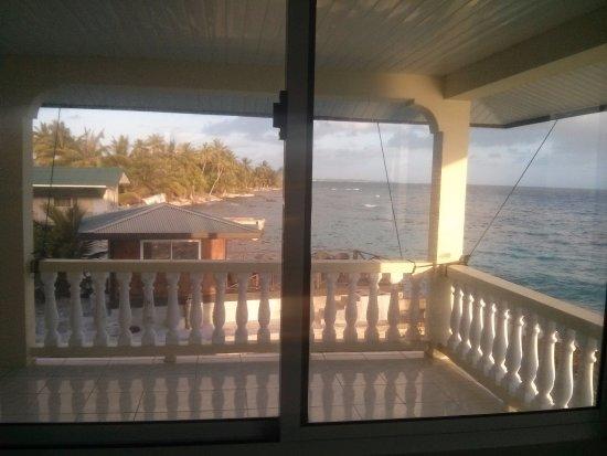 Turiroa Village: vue de la chambre a l'étage