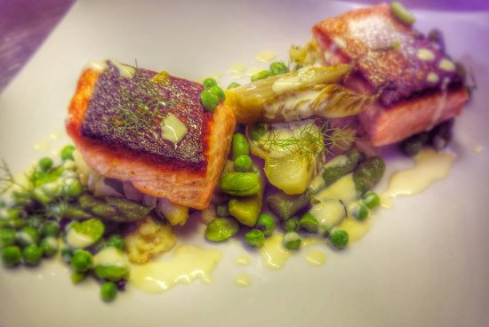 Thorpe le Soken, UK: Salmon Fillet
