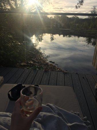 Gilpin Hotel & Lake House: On the terrace - Hardknott Spa Lodge