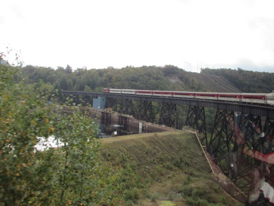 Agawa Canyon Tour Train: Many Tressles