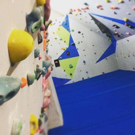 Kinlochleven, UK: Ice Factor's new and improved bouldering room