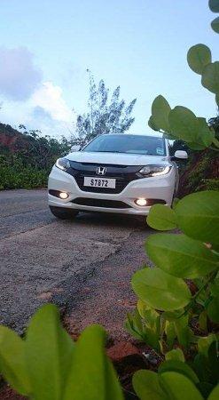Grand Anse, سيشيل: Black Pearl transfers & tours SUV