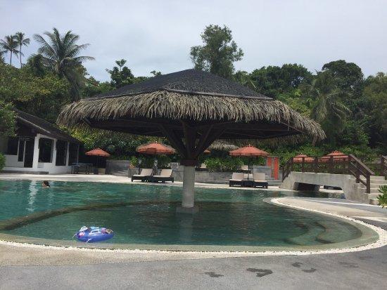 Beautiful resort but very expensive