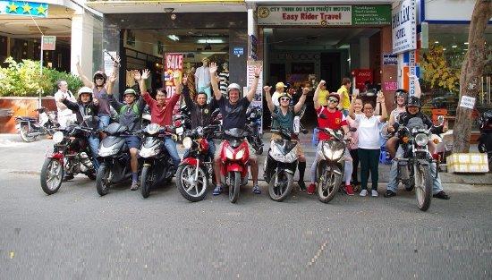 Нинь-Фуок, Вьетнам: OFFICE