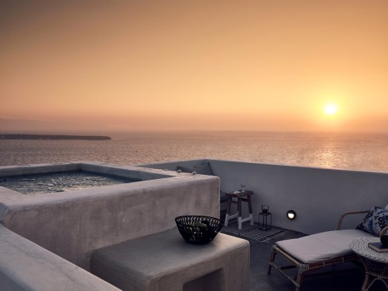 ‪Santo Maris Oia Luxury Suites & Spa‬