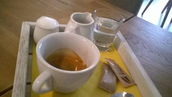 Roznov pod Radhostem, جمهورية التشيك: Lahodná káva k snídani