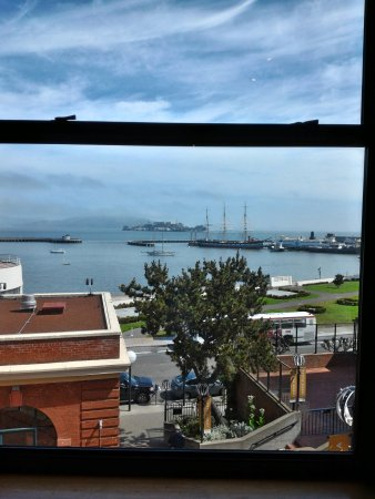 Fairmont Heritage Place, Ghirardelli Square: View of San Francisco Bay
