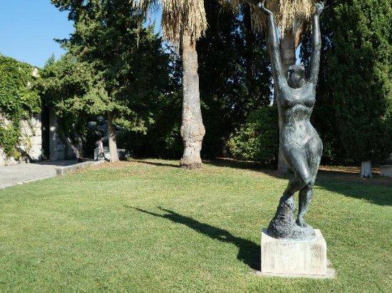 Ivan Mestrovic Gallery: de tuin van het museum