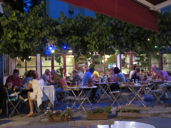 Florac, Francia: soirée en terrasse