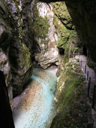 Tolmin Gorge: Thermale Quelle