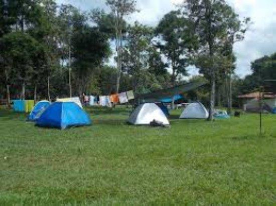 Marliéria, MG: Area de Camping. Local com toda a infraestura de camping, com banheiros, chuveiros e area de lav