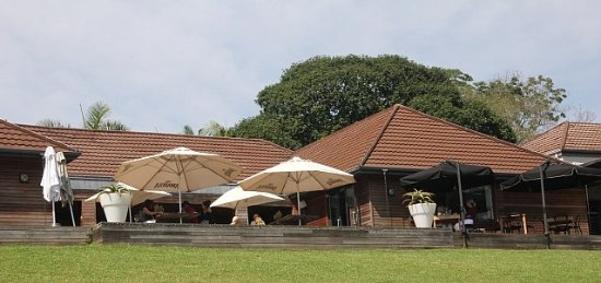 Kloof, Afrique du Sud : The main building on the garden side