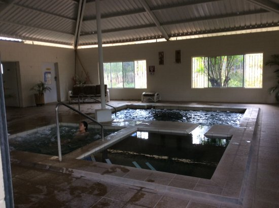 Innot Hot Springs Health and Leisure Park: The inside hot spring pools