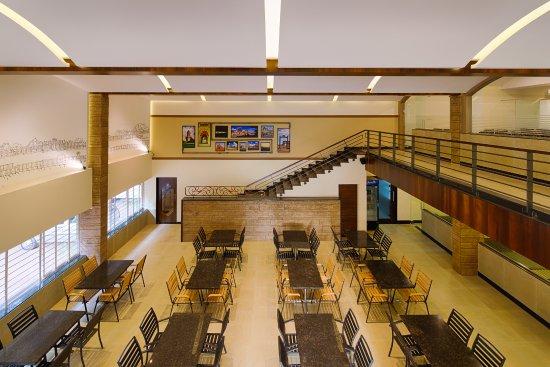 Hotel Priyadarshini Classic: dinning