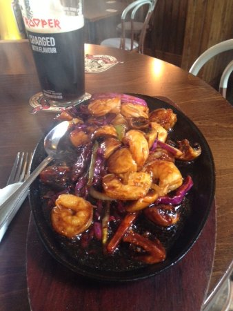 ‪‪Denton‬, UK: King Prawn Sizzler with Chilli Sauce‬