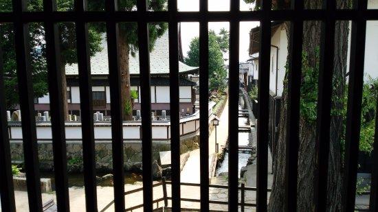 Hida, Giappone: 格子窓から