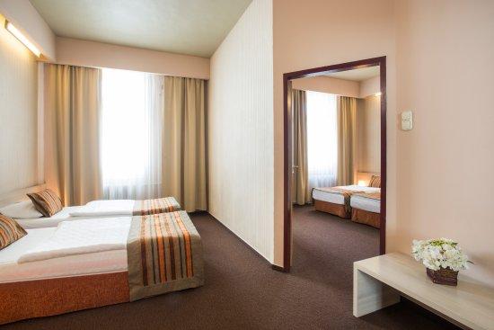 Star City Hotel: Family room