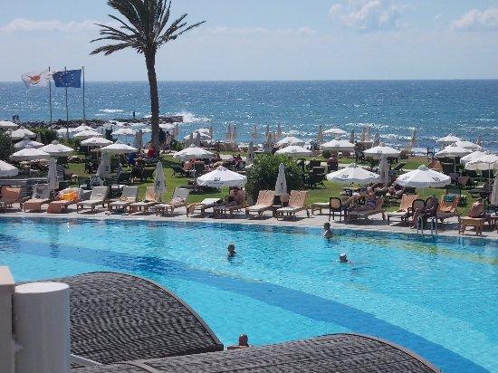 Constantinou Bros Athena Beach Hotel: View from Nectar Bar
