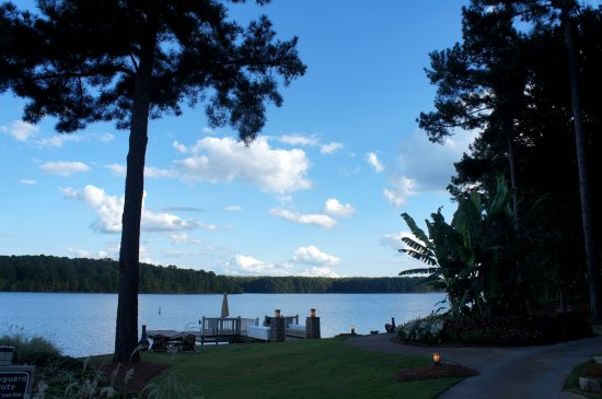 Greensboro, GA: Beautiful Lake