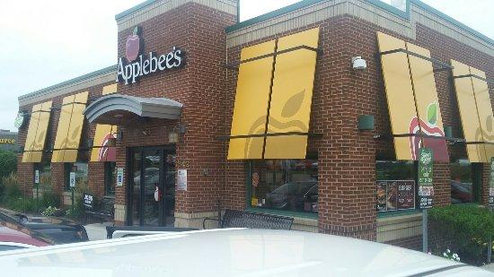 Charlotte, MI: Applebee's