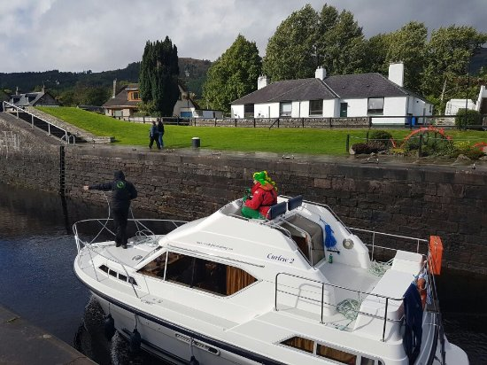 Caledonian Canal Visitor Centre: 20160925_143126_large.jpg