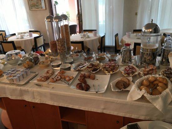 Hotel meuble antares bewertungen fotos preisvergleich for Hotel serena meuble grado