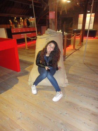Poperinge, Belgien: as sacas do lubulo
