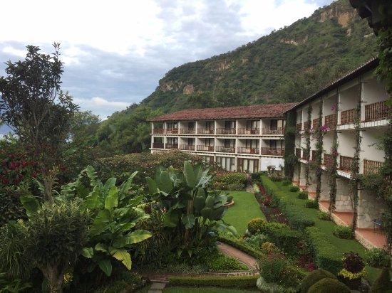 Hotel Atitlan Resmi