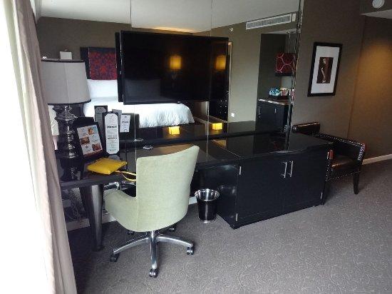 Hotel ZaZa Houston: Desk