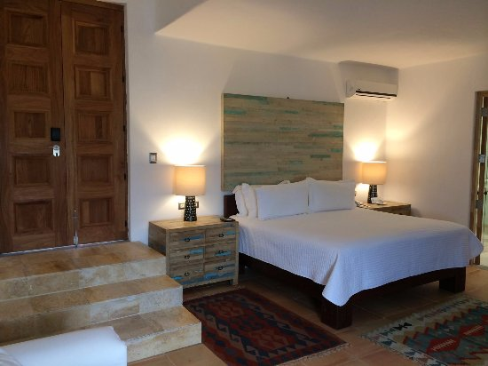 Casareyna Hotel Picture