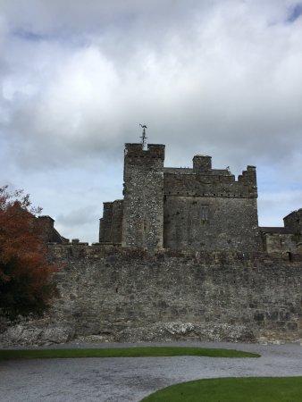 County Tipperary, Ireland: Cahir Castle