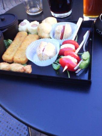 Pinerolo, อิตาลี: tagliere degustazione come apericena compreso
