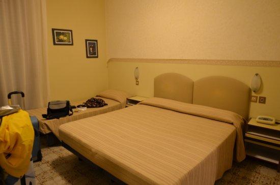La Tavernetta Hotel: Dvojlôžková izba s prístelkou