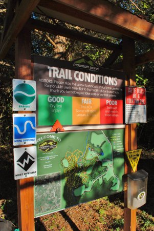 Ridgeway, Вирджиния: Trail Map at Trail Head
