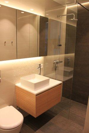 Kopavogur, Islandia: Bathroom