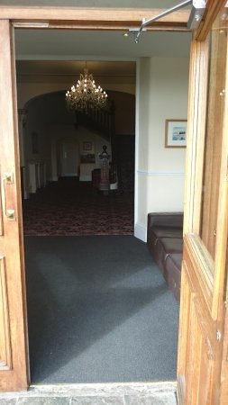 Pentre Halkyn, UK: Front entrance