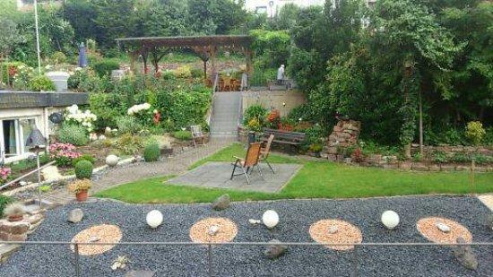 Hotel-Restaurant Hubertus: Garten