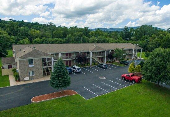 Salem, VA: Hotel Front
