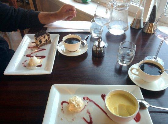 Port of Menteith, UK: Cheese cake oreo et crème au citron