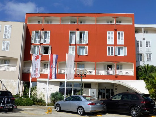 Valamar Riviera Hotel & Residence: Valamar Riviera at waterfront