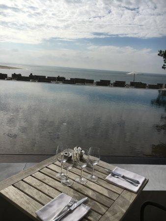 La Corniche : piscine