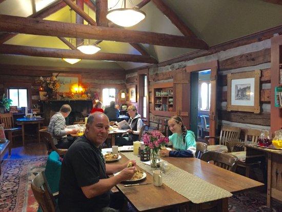 Highland Haven Creekside Inn: photo3.jpg