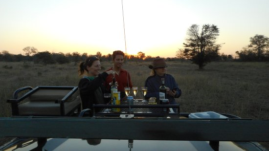 Gravelotte, แอฟริกาใต้: welcoming drinks on the airstrip at sundown